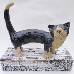 black and white ceramic cat, woodblock plinth, jane adams ceramics