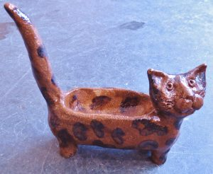 cat shaped ring dish, trinket dish, cat ring holder, hand built stoneware, jane adams ceramics