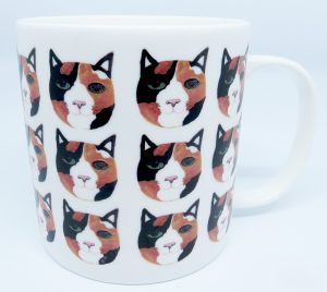 large mug, bone china, bone china mug, tortoisehell cat, cat artwork, cat illustration, pawprint designs, jane adamsa ceramics, cornwall, st just