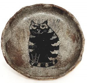 trinket dish, ring dish, stoneware, ceramic, handmade ring dish, jane adams ceramics, stripey cat, cat themed