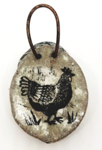 wall hanging, grey, chicken design, chicken ceramics, wall plaque, pawpring designs, jane adams ceramics, chicken pottery