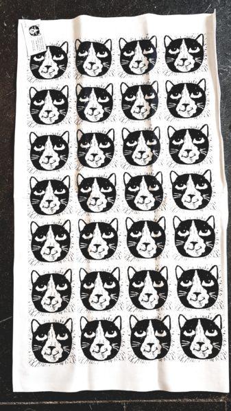 teatowel, printed tea towels, kitchen, present, cat themed, cat designed, cat tea towel, original textiles, hand printed, jane adams, linocut, cornwall, made in cornwall, designed in cornwall