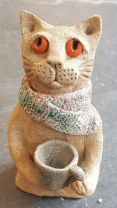 rogues gallery, ceramic cat, handmade pottery, pottery cats, cat gifts, stoneware, stoneware cts, jane adams ceramics, cornwall