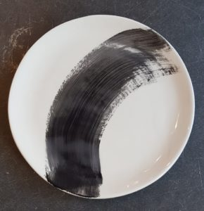 plate, dish, pottery, tableware, dinner plate, pizza plate, handpainted tableware, black and white, jane adams ceramics