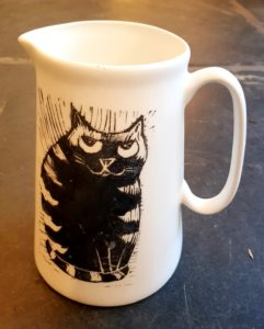 large china jug, jug, farmhouse jug, stripey cat, llinocut design, transfers, jane adams ceramics