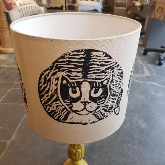 lampshade, handmade lampshade, printed lampshade, designer lampshade, linocut, linoprint, cat design. jane adams ceramics